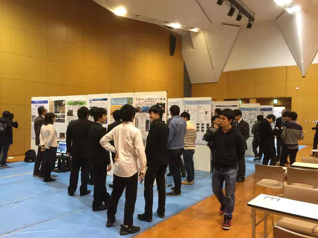 神大テクノフェスタ2016の学生展示ブース